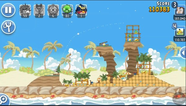 Angry Birds Friends Screen 1