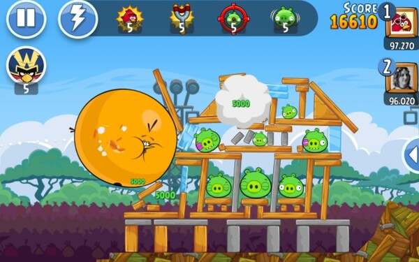 Angry Birds Friends Screen 2